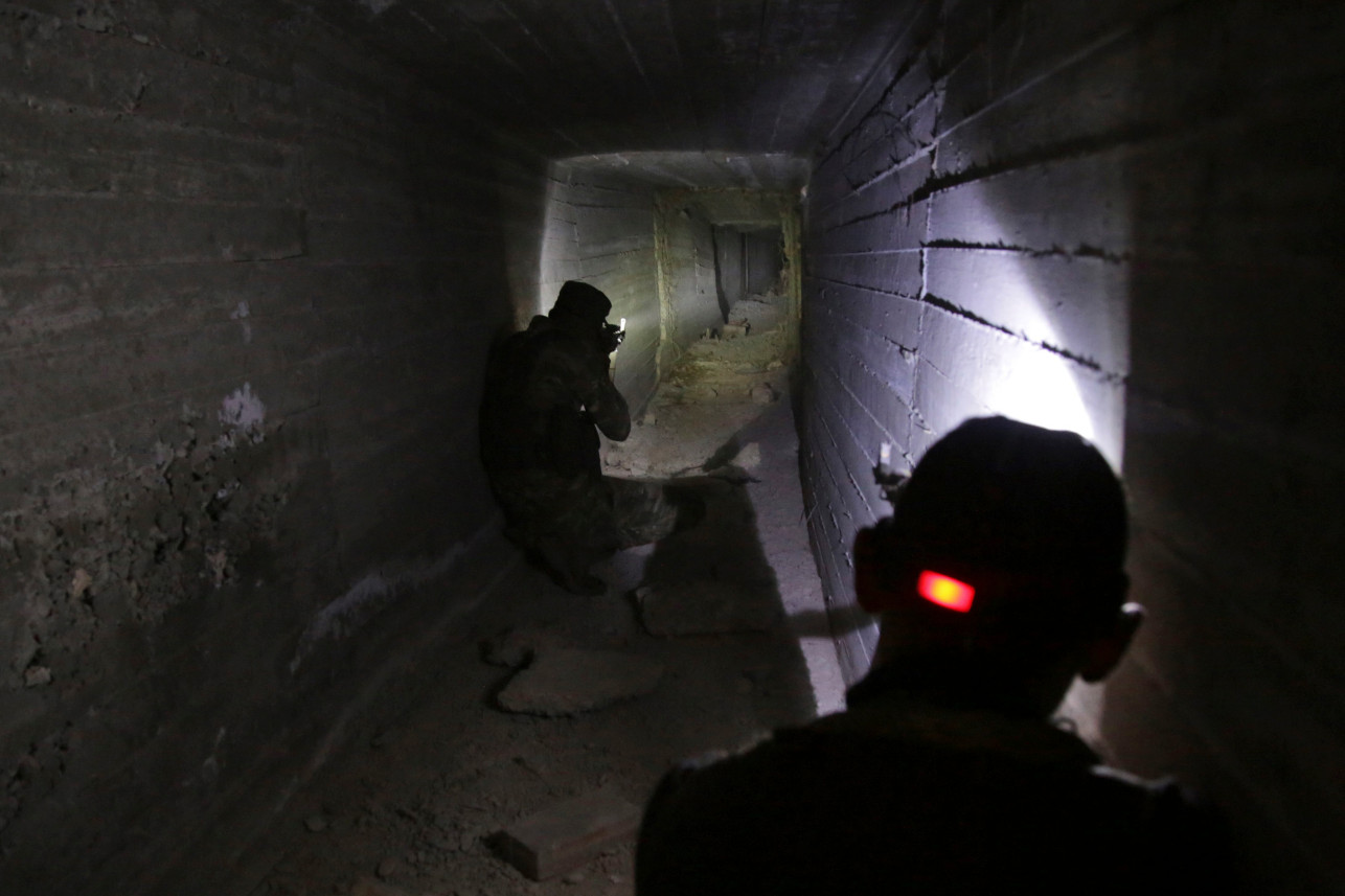 Abandoned tunnel in Tal Abyad Oct 2019